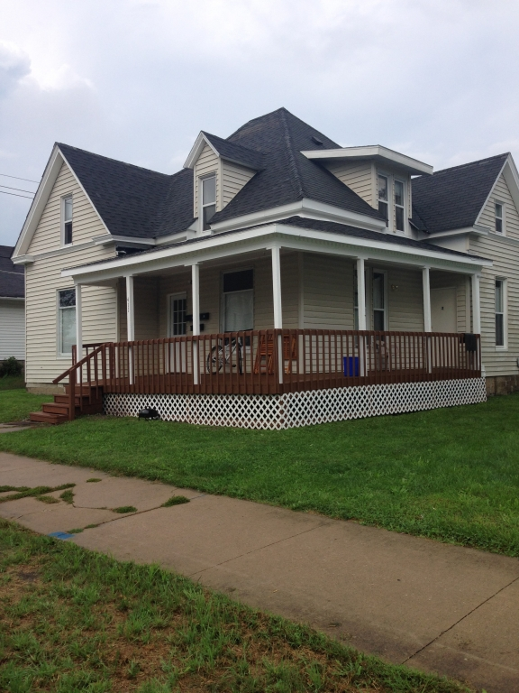 Real Estate Listing  411 S. High Kirksville