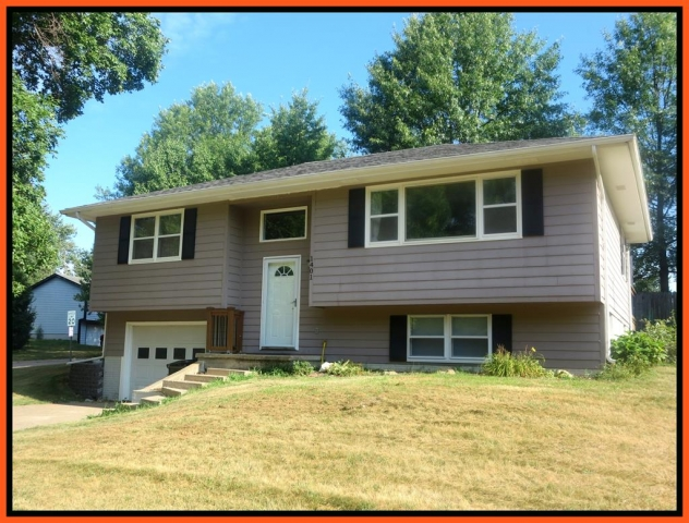 Real Estate Listing  1401 Queens Road Kirksville