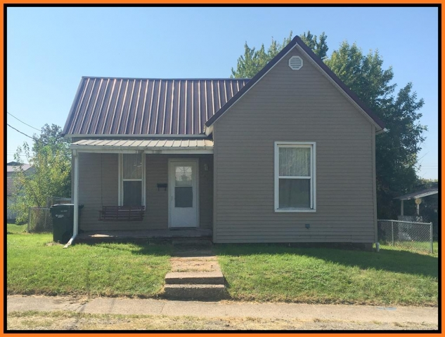 Real Estate Listing  507 Illinois Street Kirksville