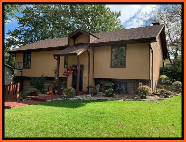 Real Estate Listing  1402 Meadow Lane Kirksville